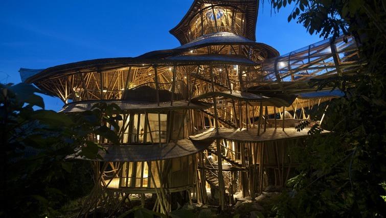 bamboo houseubud villas