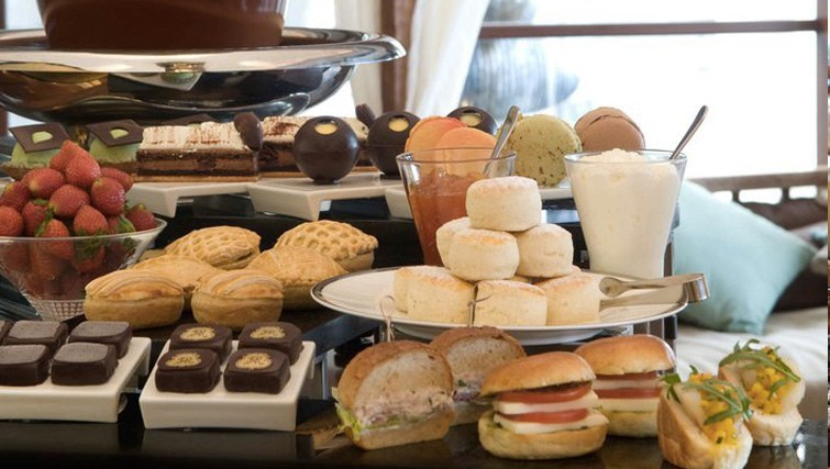 High-Tea-at-St.Regis-hotel