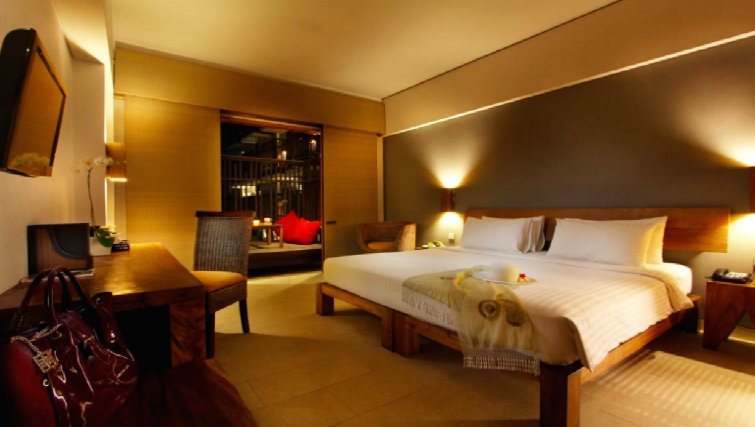 Deluxe room at Oasis Lagoon in Sanur
