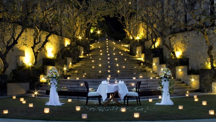 romantic dinners in bali
