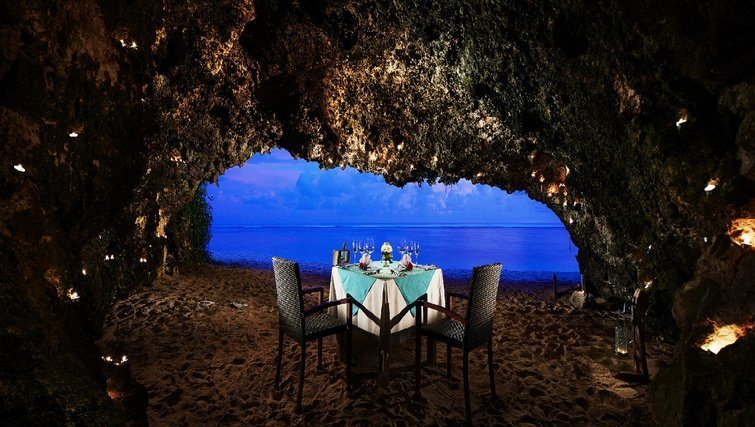 Romantic Dinner in Bali